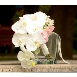 Buchet orhidee phalaenopsis, alstroemeria si lisianthus