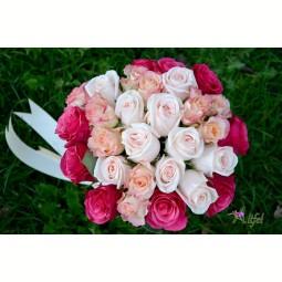Buchet trio trandafiri