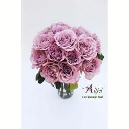 Buchet de 19 trandafiri Memory Lane