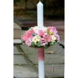 Lumanare de botez  trandafiri albi, alstroemeria si lisianthus