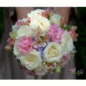 Buchet trandafiri Avalanche, alstroemeria, lisianthus si hortensie